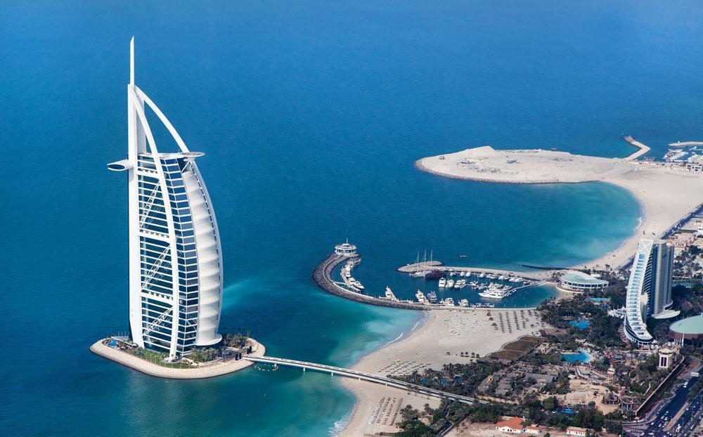 别傻了, 你还以为迪拜最有钱吗? 全球最土豪的国家在这里!