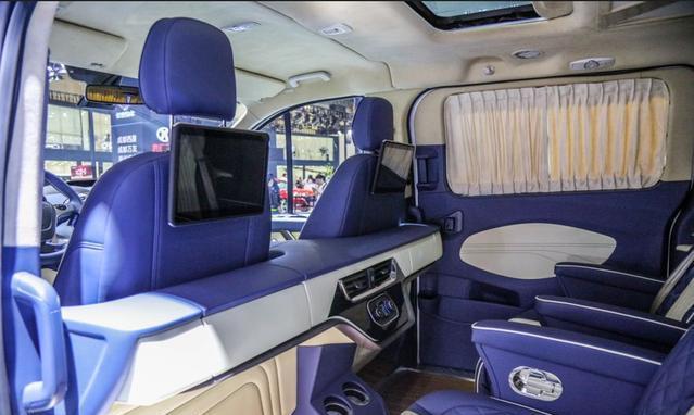 高性价比欧系MPV福特途睿欧力压别克GL8,成都国际车展大放异彩