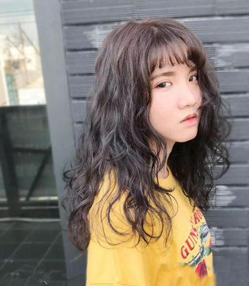 换个2018流行的韩式发型,变身韩式气质女神