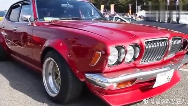 视频:尼桑蓝鸟2000GTX改装车,我喜欢这款车