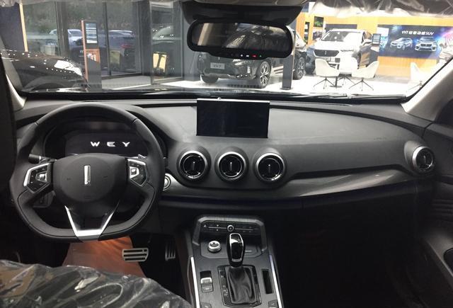 长城首台混动版车型,WEY P8到店实拍