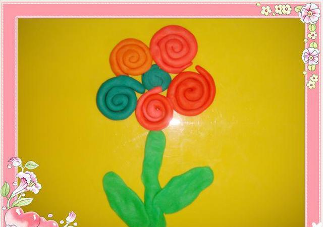 幼儿园手工——泥工制作:彩虹花