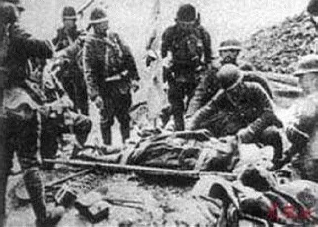 日军军官以杀俘虏取乐,却被濒死的国军士兵打死,只能