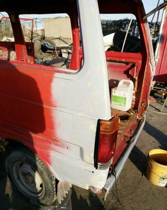 为了情怀, 花了2万块改造70年代的天津大发面包车