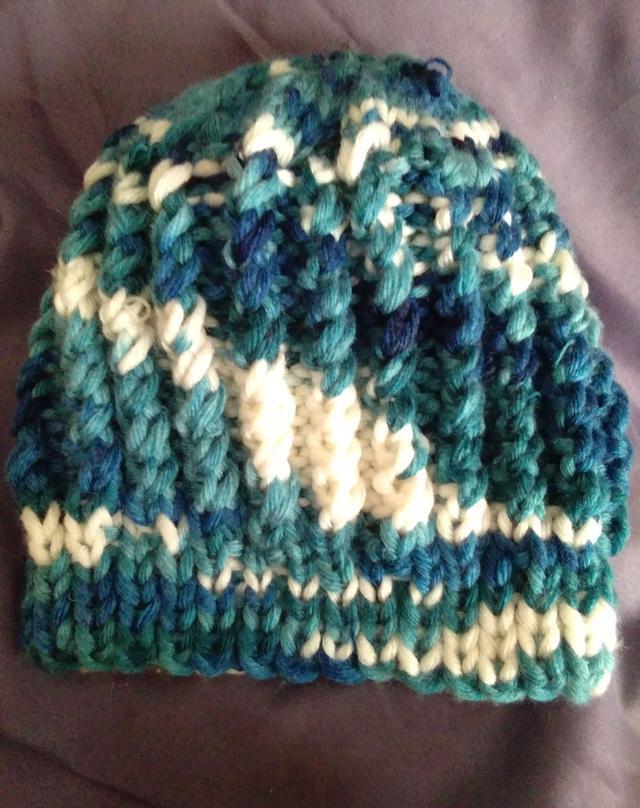 一款鱼骨针帽子的织法