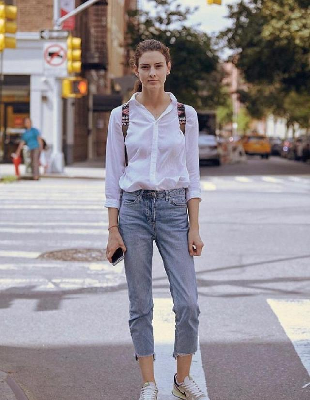 适合上班族的职场穿搭:衬衫+牛仔裤,穿出干练洒脱范!
