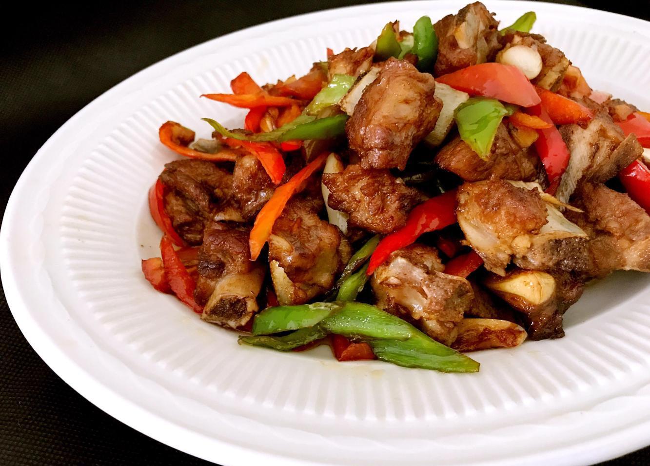 辣椒炒平菇的芹菜排骨能和做法炒嘛图片