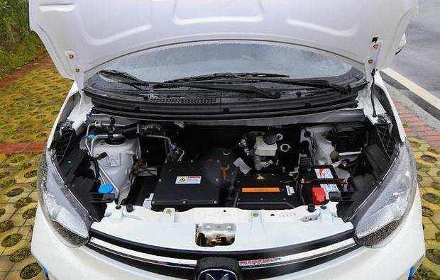 比亚迪也被抄袭了, 这车不烧油只卖5万