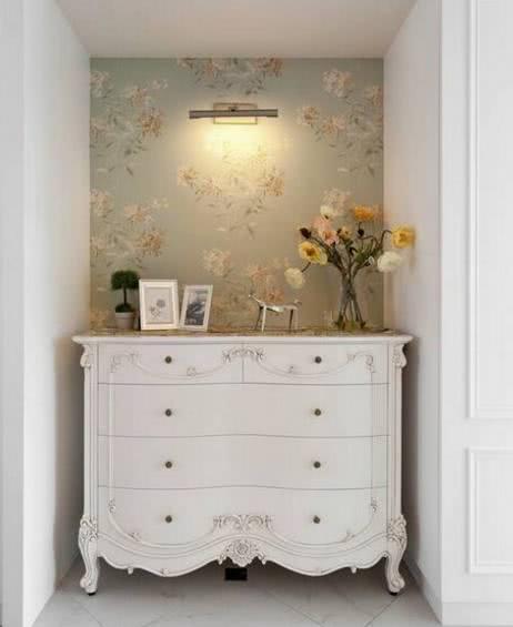 新房装修,在家里摆上一个欧式端景柜,美观大气,太聪明