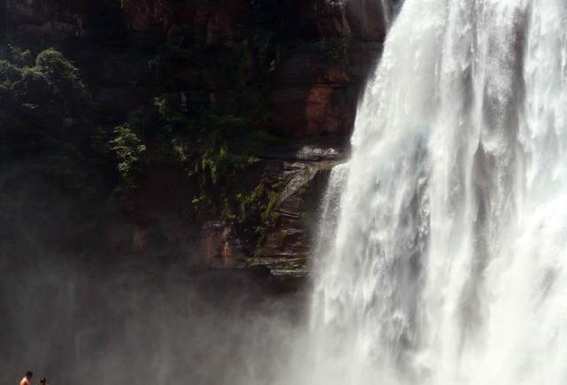 赤水骊山大又名,一座十丈洞大瀑布,长江流域最大的攻略瀑布(特别华清池贵州v又名瀑布图片