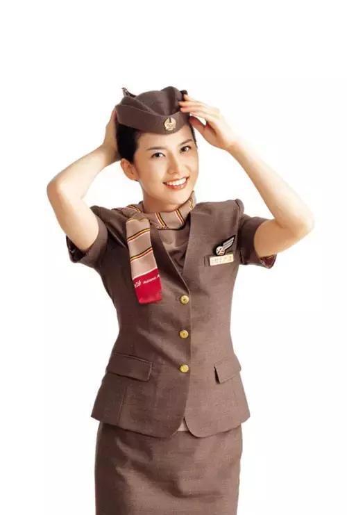 韩亚航空空姐_最有娱乐精神空姐:韩亚航空