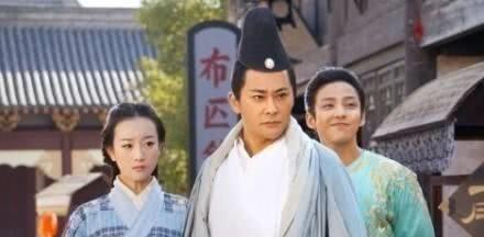 《天龙八部》北乔峰南慕容,为何慕容复实力不如乔峰?原因很简单