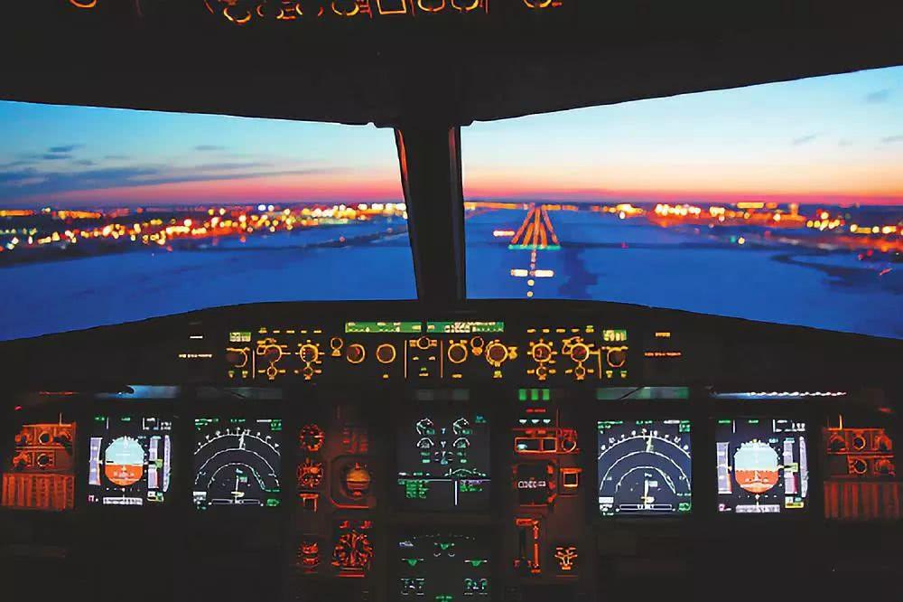 """驾驶舱风挡:飞机""""眼睛""""的故事"""