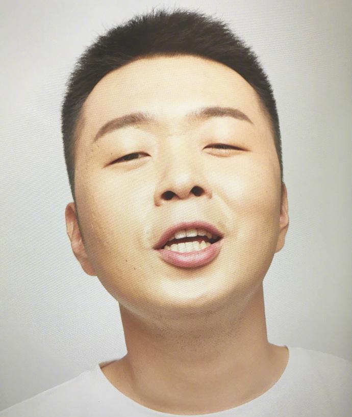 也都是些粉丝述说对杜海涛喜爱 有说,我还是很喜欢你,像小时候吃辣条