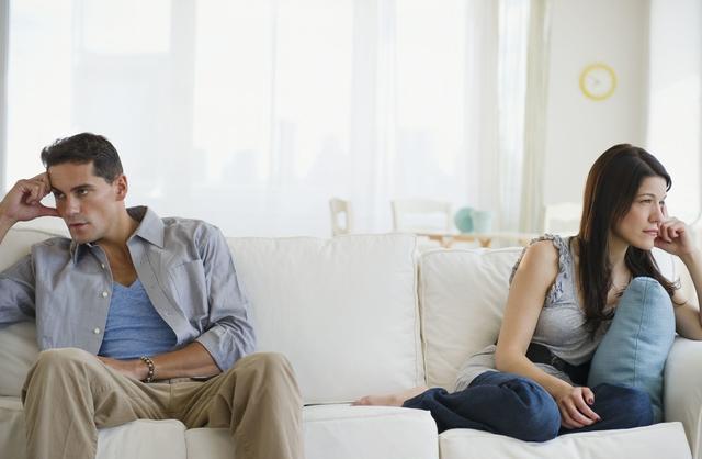 夫妻婚姻生活中一大重要危害,千万不要去做!