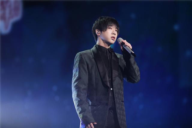 当前歌手商业价值榜:蔡徐坤实力赶超周杰伦排第一,毛不易上榜!