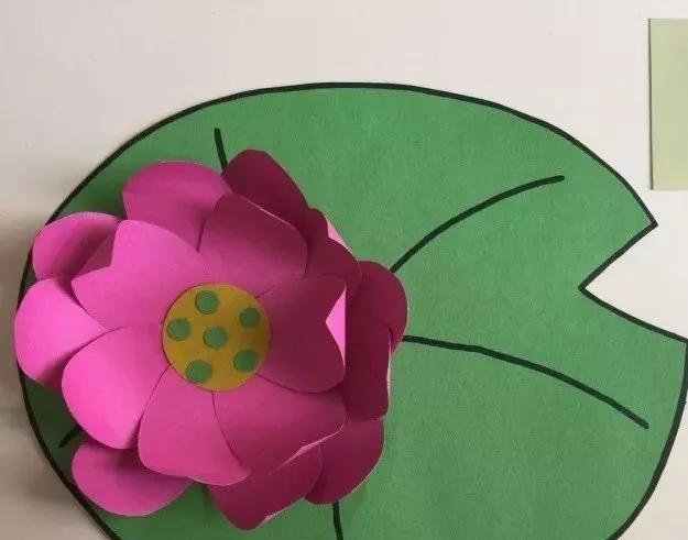 幼儿园最新手工制作教程:盛开的荷花,提前感受夏天-师