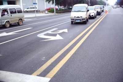 双黄线和单黄线到底有何区别?很多人都不知道,路上遭到扣分罚款