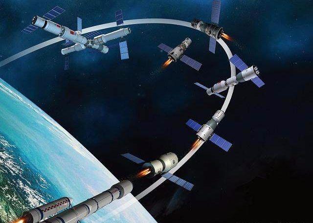 卫星碎片击毁三个空间站,女宇航员被困,乘坐神舟飞船返回太空视频