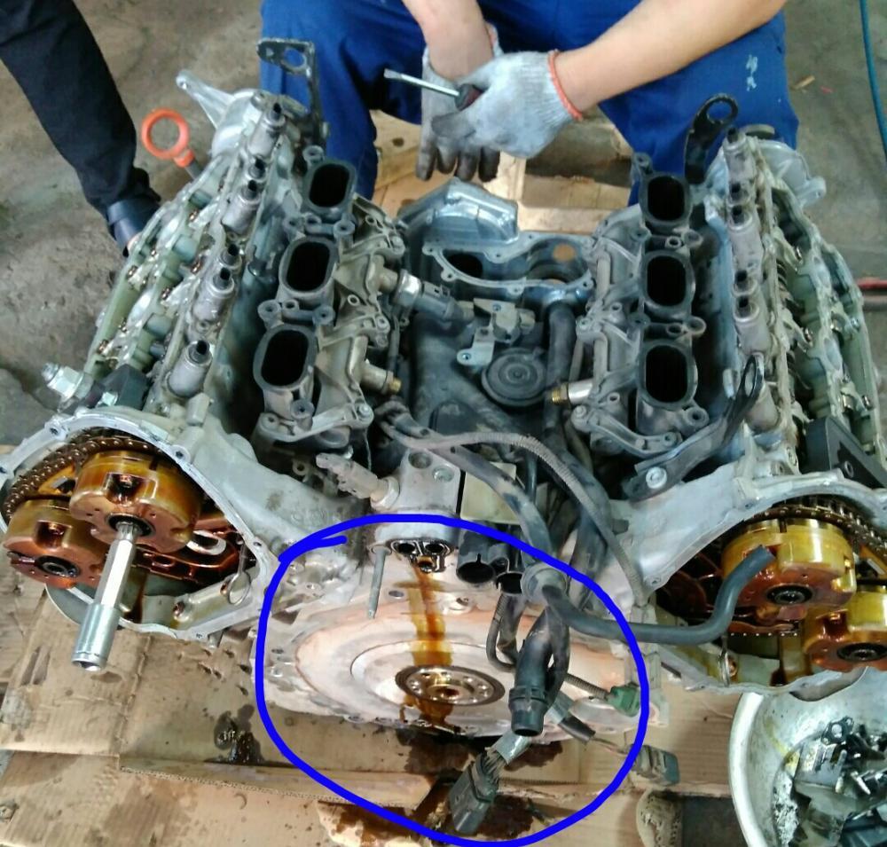 汽修师傅拆开了奥迪v6发动机!图片