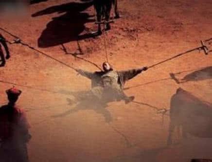 严刑峻法得罪了太多的人,失势之后就出现了墙倒众人推的局面.