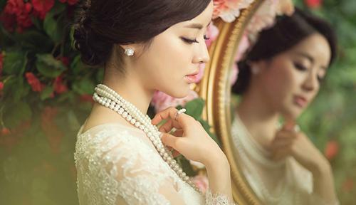 新密哪家影楼照婚纱好_新密婚纱是摄影哪家好 去丽江拍婚纱照注意事项