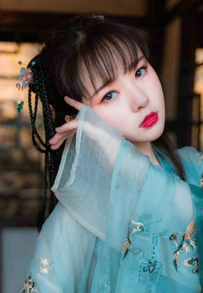 娇嫩秀气古典美女气质梦回唐朝清新可爱唯美艺术写真