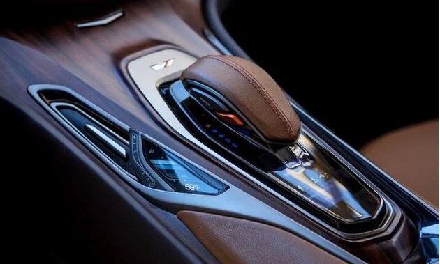 凯迪拉克新款车来袭, 外观完虐奔驰S级, 连宝马7系都自愧不如!