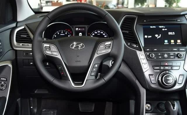 纯进口SUV售价25万,中央差速器锁止,440扭矩识货的不多