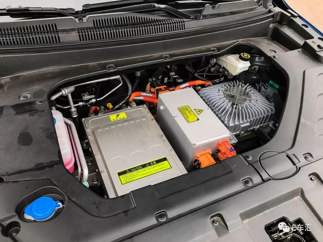 靠SUV突围的汉腾再推纯电动车,开起来感觉如何?