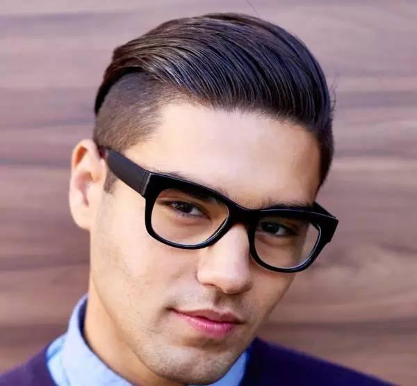 所以 以后别再说男生只需看脸了 发型也是相当重要 下面就给20~35岁