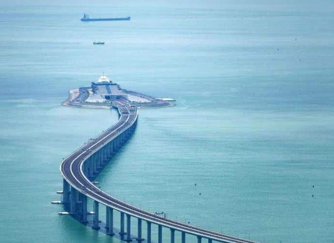 中国修建港珠澳大桥利国利民,为什么遭到李嘉诚反对 原因很简单