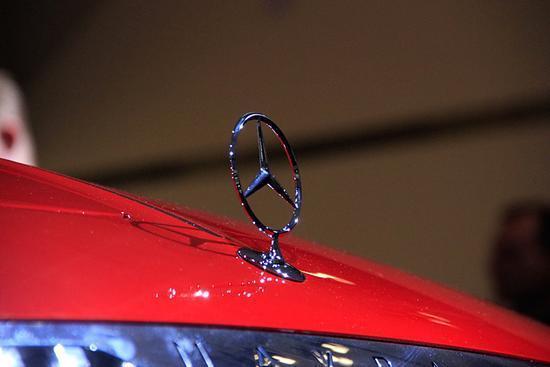 奢华的经典,迈巴赫再次挑战,让汽车也可以变成无法逾越的艺术品