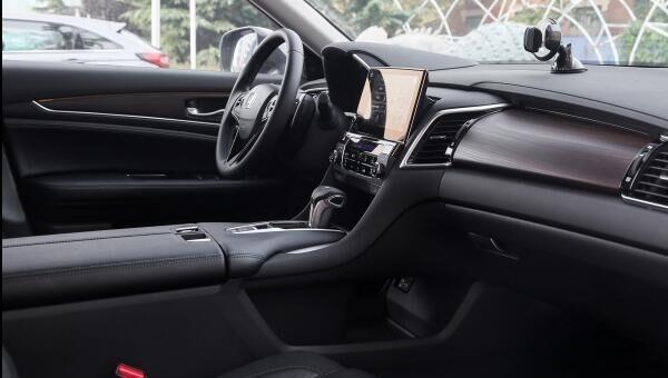 汉兰达或被取代,这SUV连跌3万,大溜背比奥迪Q5气派,不足20万