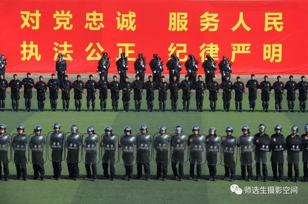 2018年河南警察学院军训汇报暨新生开学典礼掠影
