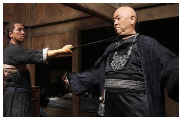 """李小龙毕生败给过两人,一个""""工夫皇帝"""",一个""""黑帮大年夜哥"""""""
