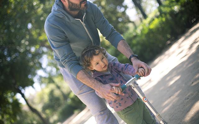 为啥宝宝不愿在幼儿园拉便便?看完就明白
