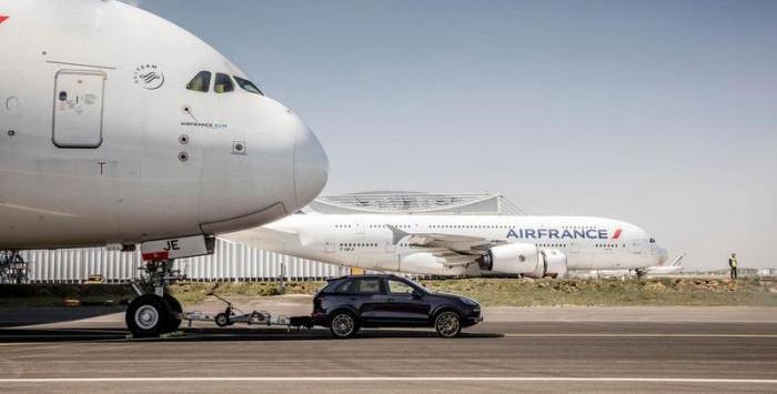 哪些汽车可以拖动飞机?