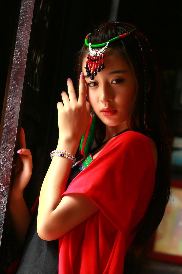 中国古典旗袍,红黄颜色唯美艺术写真欣赏 - 云海 - 云海博客