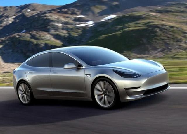 这款10万级别的电动车,居然配备电动尾门,绝对是越级的存在!