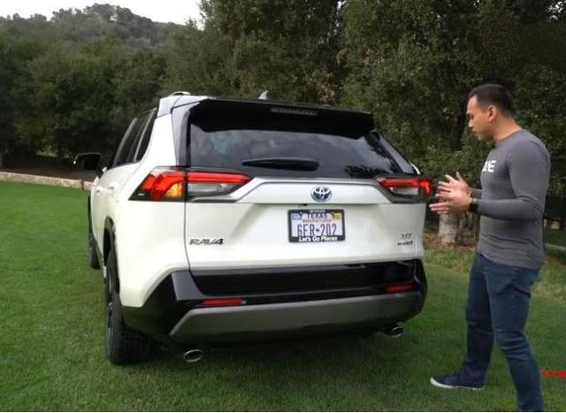 新一代丰田RAV4来了,2.5L+8AT, 还配四驱系统,能否逆袭?