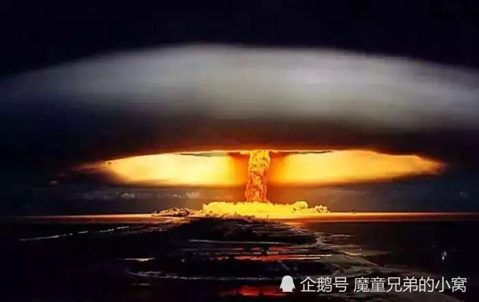 人被原子弹死亡后的击中过程怪兽?视频是的猎人图片