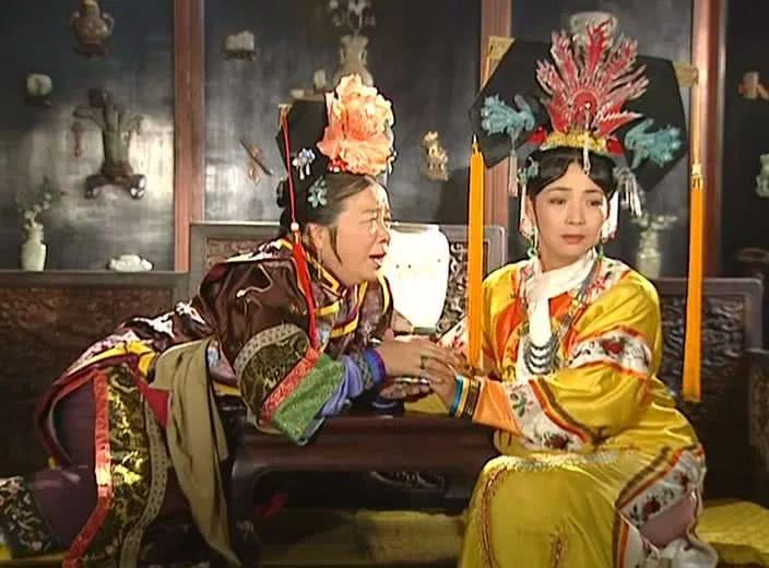 《还珠格格》中的主仆由戴春荣饰演,她和容嬷嬷皇后两人,一出场就和小理论田径基础知识图片