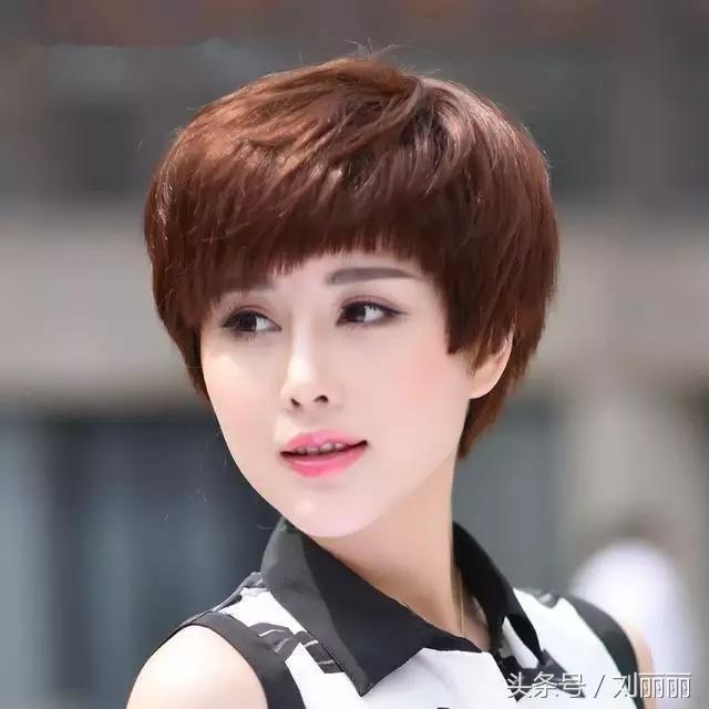 30岁,40岁,50岁女性发型就选这几款,时尚优雅气质好图片