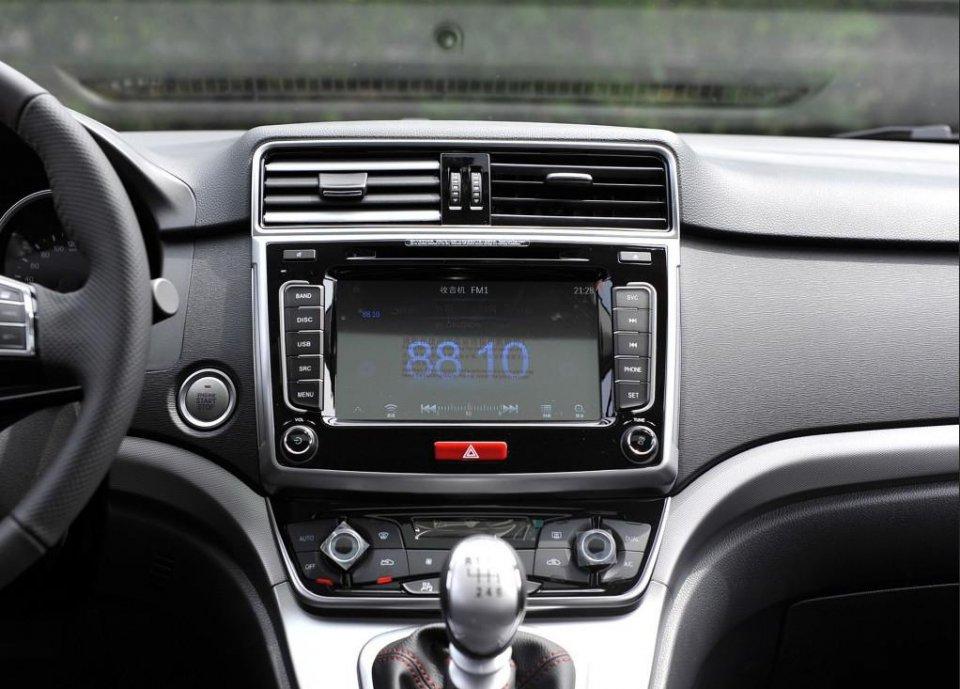 6万块的紧凑SUV,和H6一个平台,标配ESP和大屏,性价比超宝骏