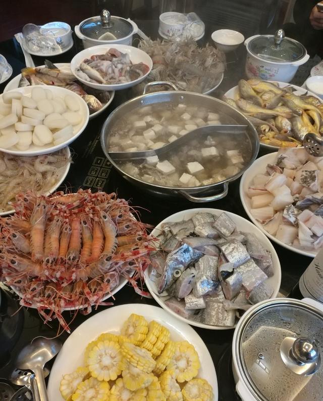 东海休渔期就要结束了,吹着海风吃一顿海鲜大餐,来大陈岛刚刚好