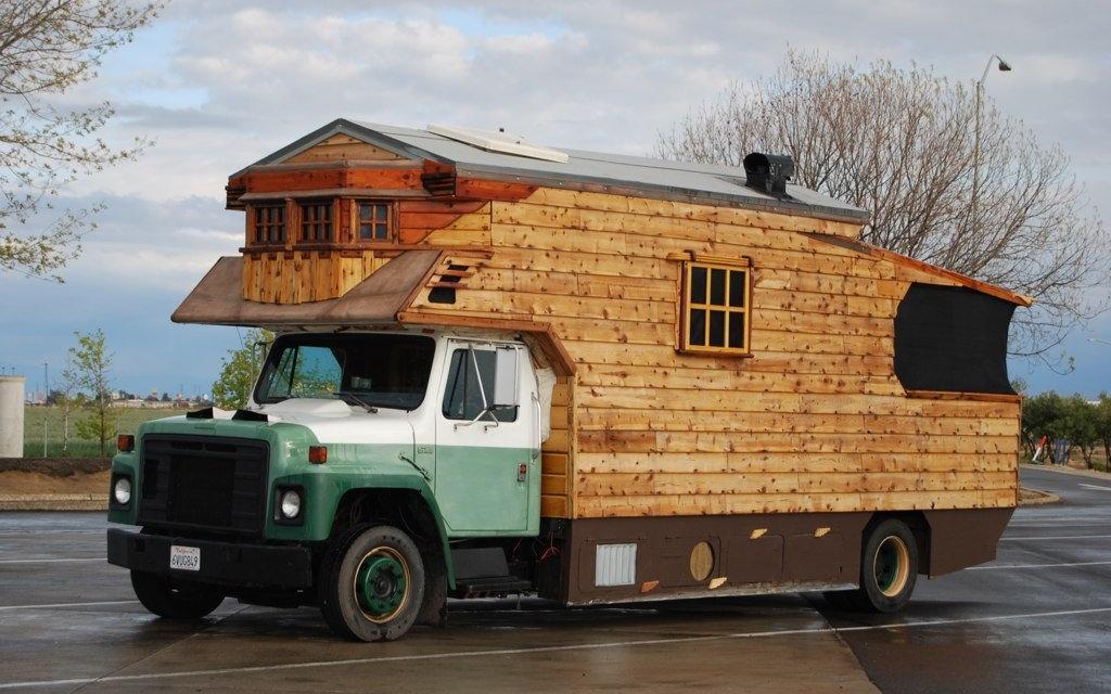 国外出现各种个性改装露营车, 制成房车就像移动的家图片