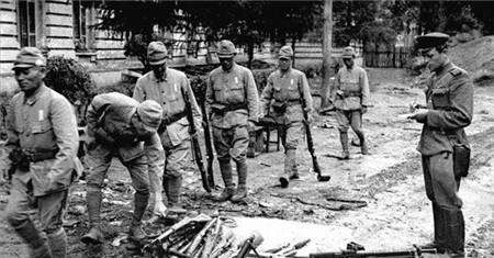 二战后部分日寇不愿投降, 藏身于山洞, 苏联直接这样做, 大快人心