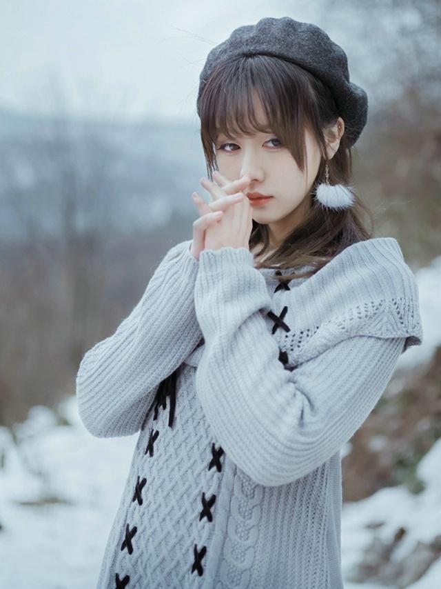 雪国的春天韩国清纯甜美美女雪中漫步清新娇嫩唯美户外写真_新浪看点