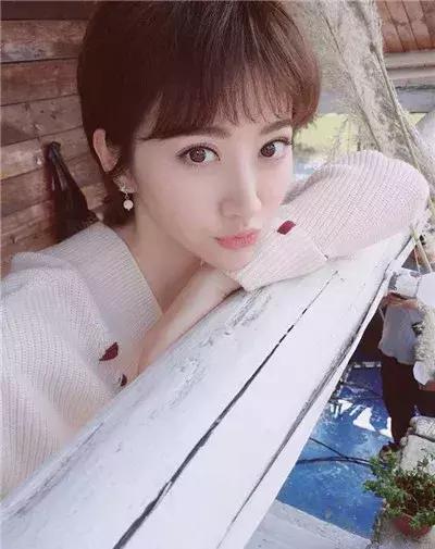 唐嫣短发造型 网友:像我三姑六婆 刘亦菲短发都不行她们却很好看